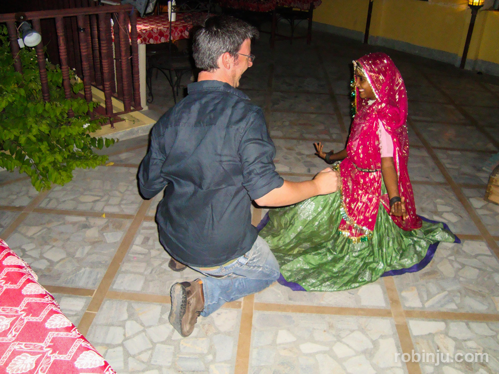 Amarit, bailando en Jodhpur