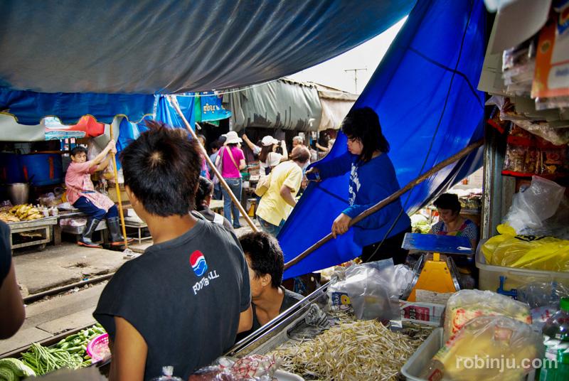 mercado  Maeklong Tailandia