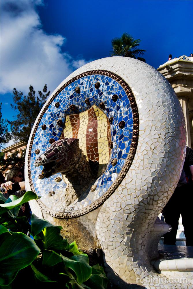 Yoko loves Gaudí en Barcelona