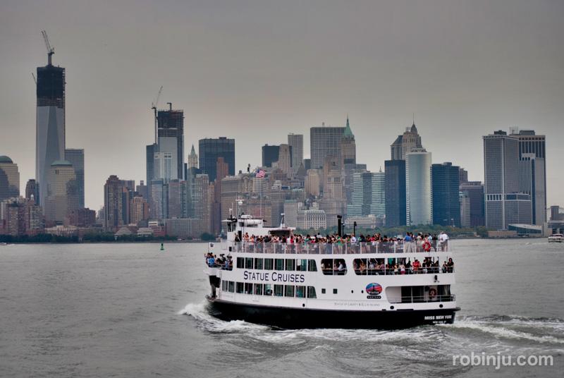 ferry a la estatua de la libertad-013