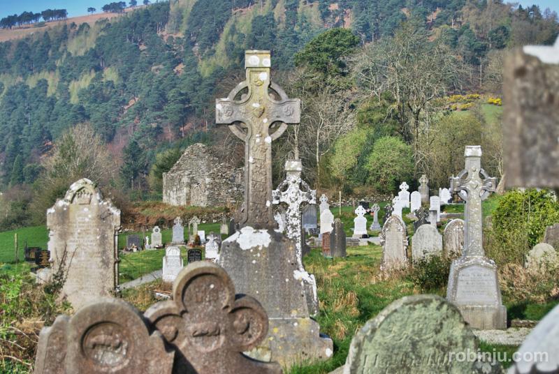 Glendalough-014