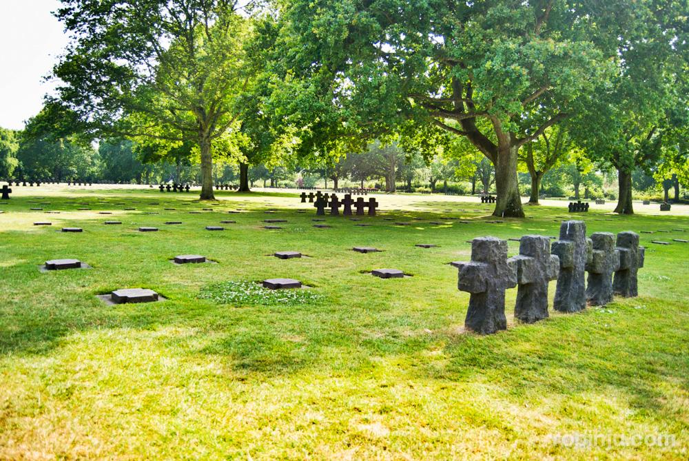 Cementerio aleman de la Cambe