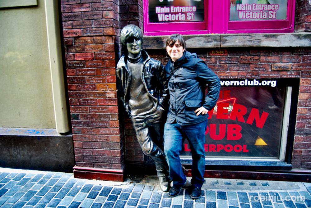 """Resumen 2013 de """"las nuevas andanzas de Robin Jú"""". Liverpool."""