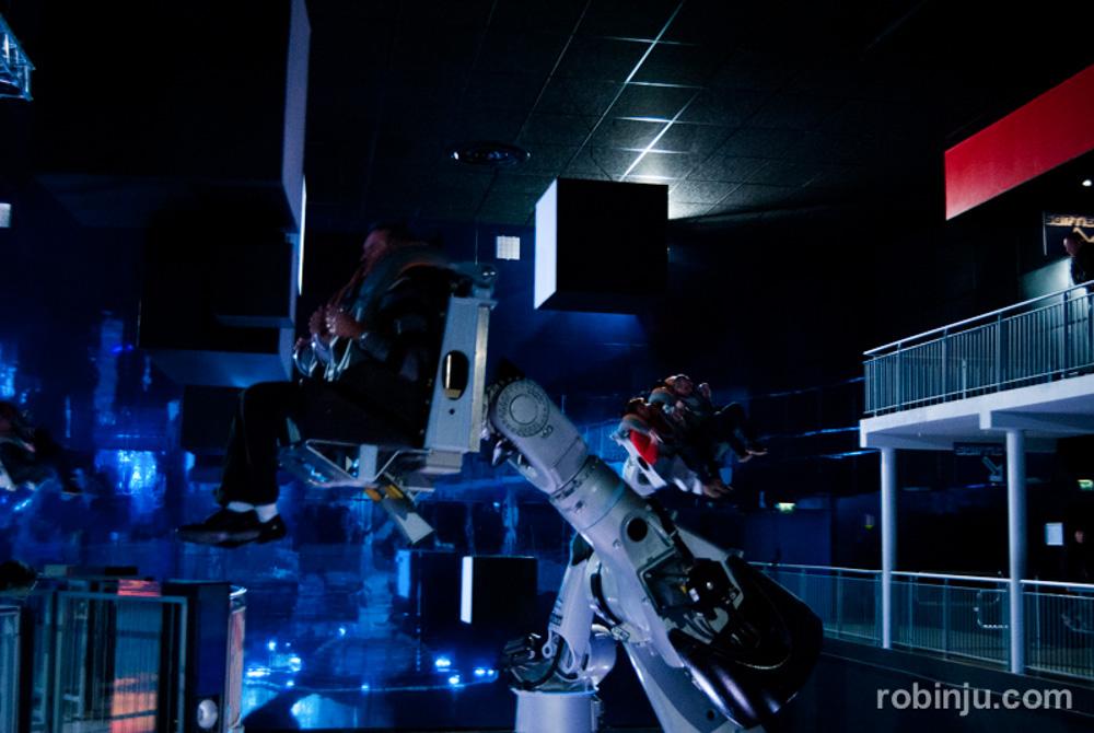 """Resumen 2013 de """"las nuevas andanzas de Robin Jú"""". Futuroscope."""