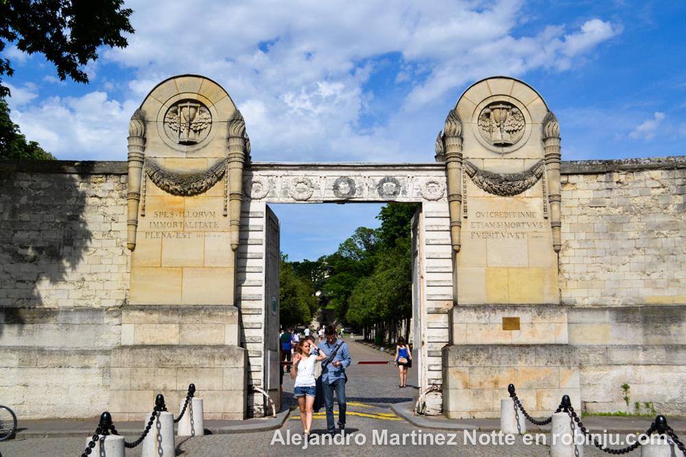 Visita al cementerio Pere Lachaise, tumbas famosas de París intramuros
