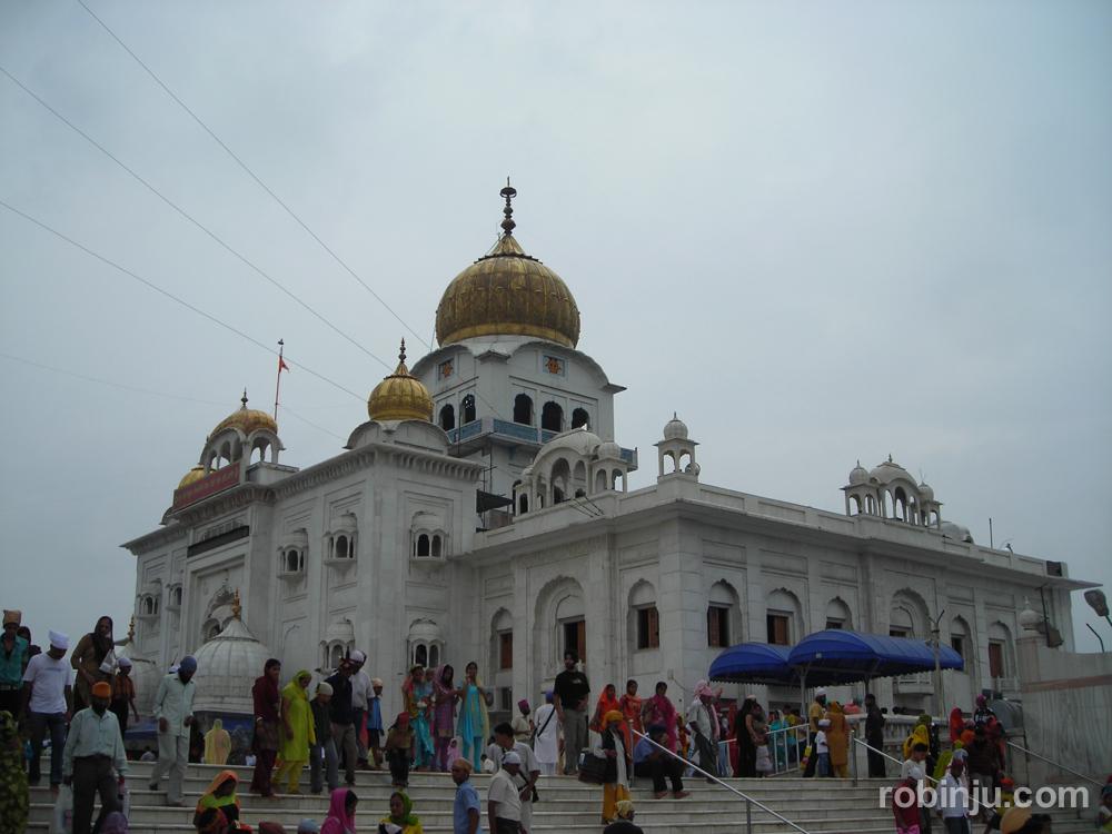 Gurudwara Bangla Sahib, el principal templo Sij de Delhi